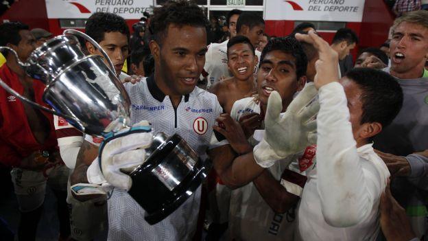 Universitario consiguió su primer título del Torneo de Reservas. (Eddy Lozano/CMD)