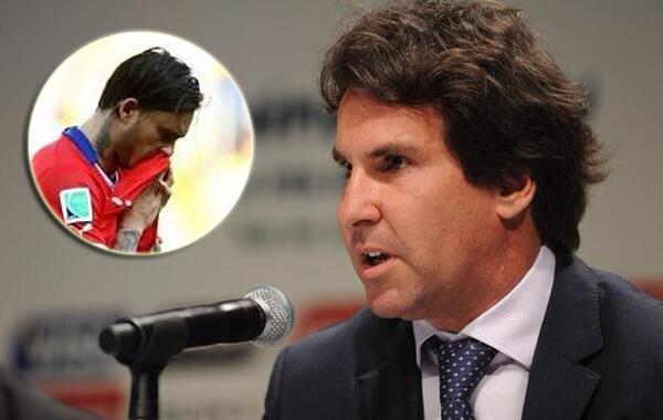Internasional Piala Dunia  - Tonjok Muka Pemain Chili, Pejabat Senior Timnas Brasil Dihukum FIFA