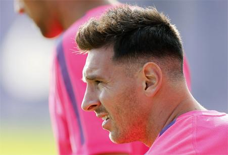 Lionel Messi: conoce al peluquero que le hizo parecer un dictador ...