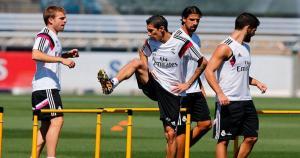 Ángel Di María y Sami Khedira podrían abandonar el Real Madrid antes del 1 de setiembre. (Real Madrid Oficial)