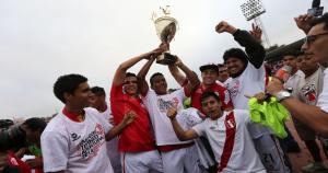 Aurich es el justo campeón y disputará la final nacional en diciembre.  (Fernando Sangama)