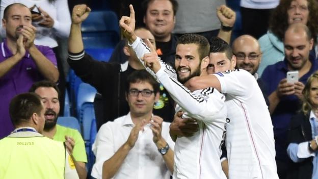 Real Madrid anota dos goles en un minuto