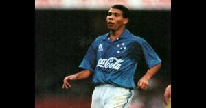 Ronaldo jugó en el Cruzeiro entre los años 1993 y 1994.