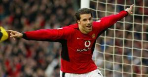 Ruud van Nistelrooy disparó 14 penales en la Champions League. (Agencias)