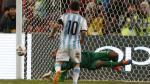 Lionel Messi falló penal ante el compañero de Luis 'Cachito' Ramírez en Botafogo