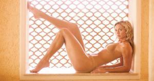La modelo Stacy Keibler es conocida por sus largas piernas. Este atributo la hizo ganar dos premios dentro de la compañía: 'The Legs of WCW' y 'The Legs of WWE' (WWE) / (JC)