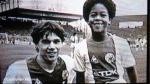 Se fotografiaron con sus ídolos y luego fueron cracks del fútbol (FOTOS)