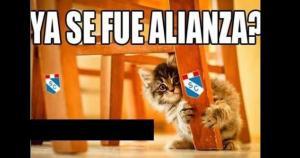 Los infaltables memes ya calientan el duelo entre Alianza Lima y Sporting Cristal. Partido clave para ambos. (Captura de Internet)