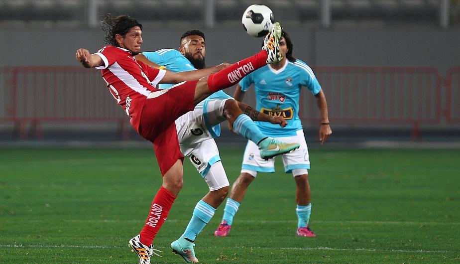 Josemir Ballón debutó con la camiseta de Sporting Cristal. (Fernando Sangama)
