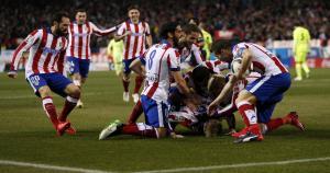 Atlético de Madrid enfrenta a Barcelona por la Copa del Rey. (Reuters)