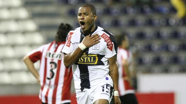 Wilmer Aguirre anotó tres goles ante Estudiantes. (USI)