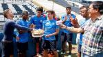 Alianza Lima: Carlos Preciado festejó cumpleaños con baño y torta en la cara - Noticias de alianza lima