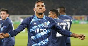 Danilo fue comprado al Santos por 14 millones de dólares al  y fue vendido al Real Madrid en 33.9 millones. (Getty Images)