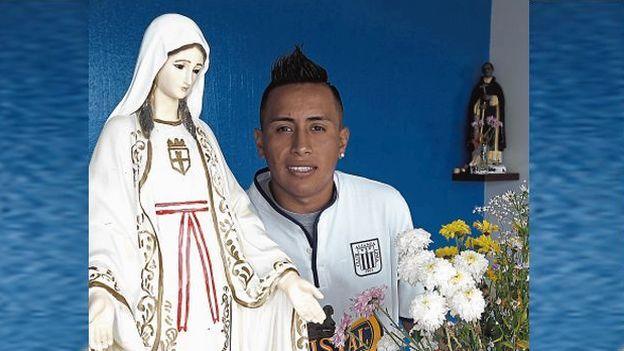 Christian Cueva está golpeado, pero no se quiere perder el partido contra San Martín. (Eddy Lozano)