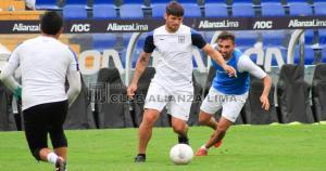 Marcos Miers y Pablo Míguez se perdieron la primera fecha del Torneo Apertura por acumulación de tarjetas amarillas. (Alianza Lima)