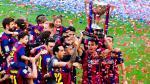 Barcelona: Xavi recibió el trofeo de campeón en su despedida (VIDEO)