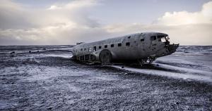 Lo que quedó de un avión de la Marina de Estados Unidos en la playa Sólheimasandur, Islandia(Stefano Perego)