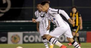 Paolo Guerrero no renovará con Corinthians por no llegar a un acuerdo en lo económico para la renovación. El peruano le dio el título del Mundial de Clubes en el 2012. (Getty Images)