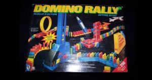 El Domino Rally era un juego que tardaba horas en armarse, pero nunca llegaba a funcionar. (Instagram)