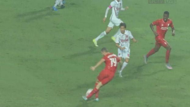 Liverpool: Jordan Henderson hizo espectacular rabona que inició golazo