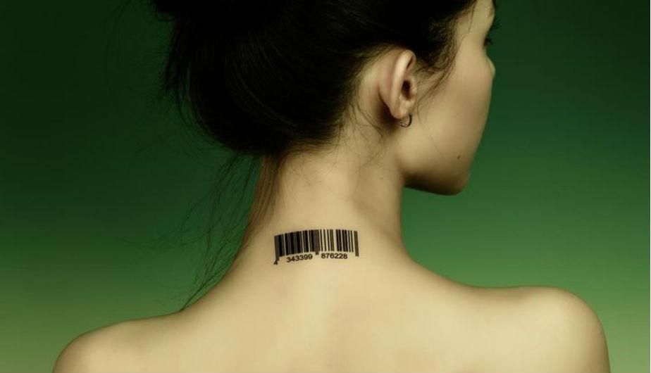 Los tatuajes que hacen referencia a códigos de barras son los más muy populares entre los usuarios de la red social. (Foto: Pinterest / Digital Trends)