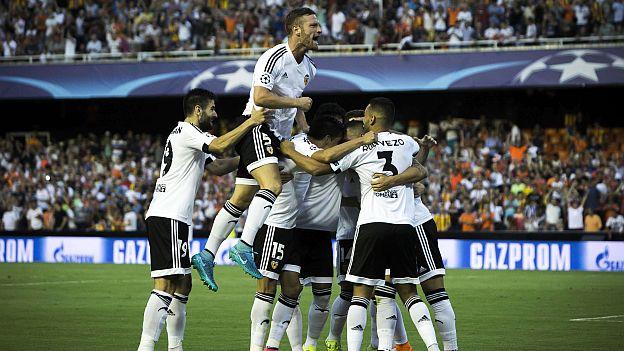 Valencia ganó 3-1 al Mónaco y se acerca a la fase de grupos de Champions League (VIDEOS)
