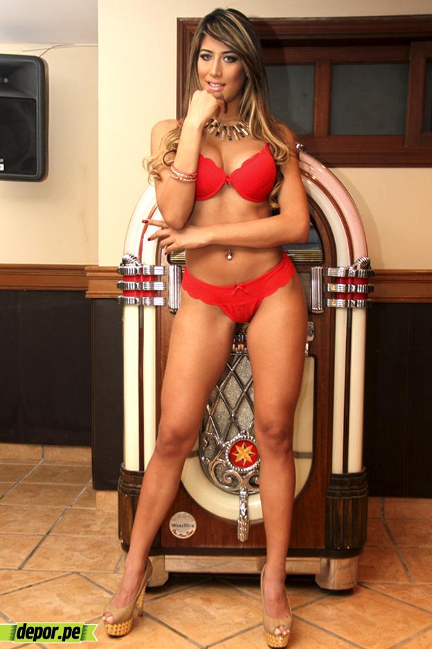 Claudia Villa Nude Photos 82