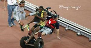 Sergio Ramos también aparece en la caída de Usain Bolt.