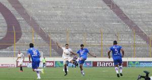 Universitario de Deportes cayó 3-2 ante Unión Comercio en el debut del Torneo Clausura. (Jesús Saucedo)
