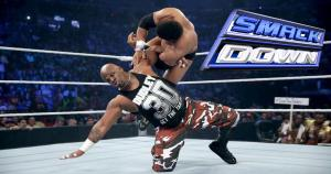 The Dudley Boyz enfrentaron a The Prime Time Players. El terror de las mesas vencieron luego de aplicar un 3D a Titus O'Neil. (WWE)