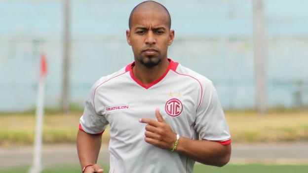 Julio Edson Uribe: