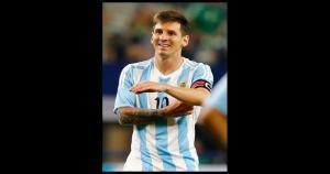 Lionel Messi quedó descartado en Argentina para las dos primeras fechas por una lesión en la rodilla. (Getty Images)