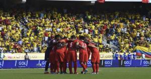 Perú vs. Colombia. Aspi arrancó Perú el sueño de clasificar al Mundial. (AFP)