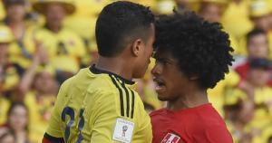 Perú vs. Colombia. Yordy Reyna ingresó por Claudio Pizarro pero no tuvo suerte de cara al gol. (AFP)