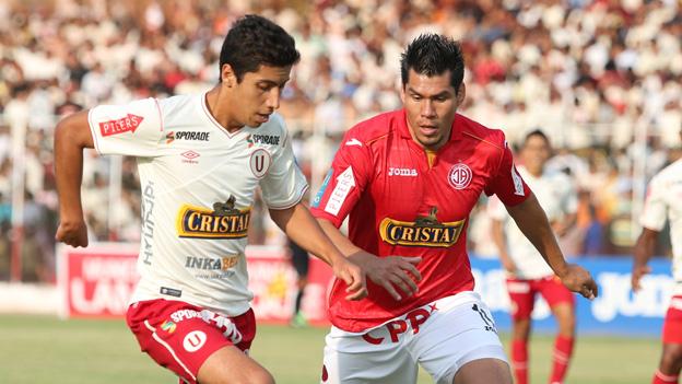 Joven promesa debuta en el primer equipo del club Universitario de deportes.