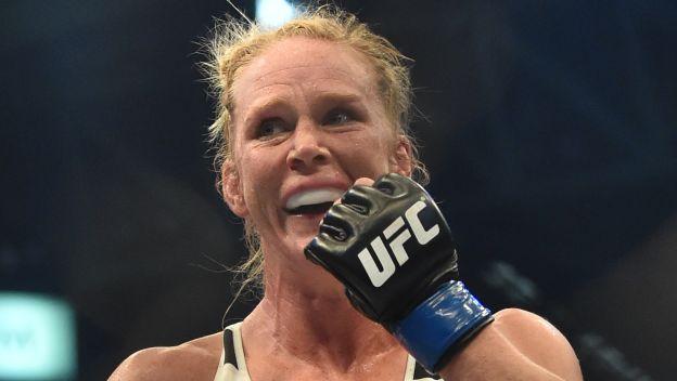 Holly Holm se llevó todas las miradas en el UFC 193 tras vencer a Ronda Rousey. (AFP)