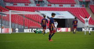 El equipo del Nike Academy en el preciso momento que anota a Barcelona FC. (Nike)