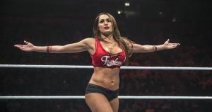 Nikki Bella tuvo el campeonato de Divas por 301 días. Tuvo el reinado más largo en la WWE. (WWE)