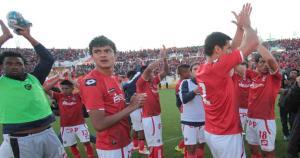 Un aproximado de 20 mil hinchas llegaron al estadio Garcilaso de la Vega. (José Carlos Angulo)
