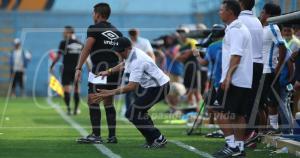 Diego Umaña ofreció disculpas por la forma de juego de su equipo. (Jesús Saucedo)