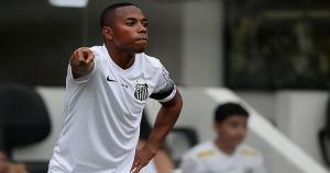 Robinho volvió del Manchester City al Santos en 2010. Ahora defenderá los colores del Atlético Mineiro (Getty Images).