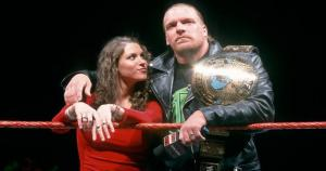 Triple H y Stephanie McMahon. (WWE)