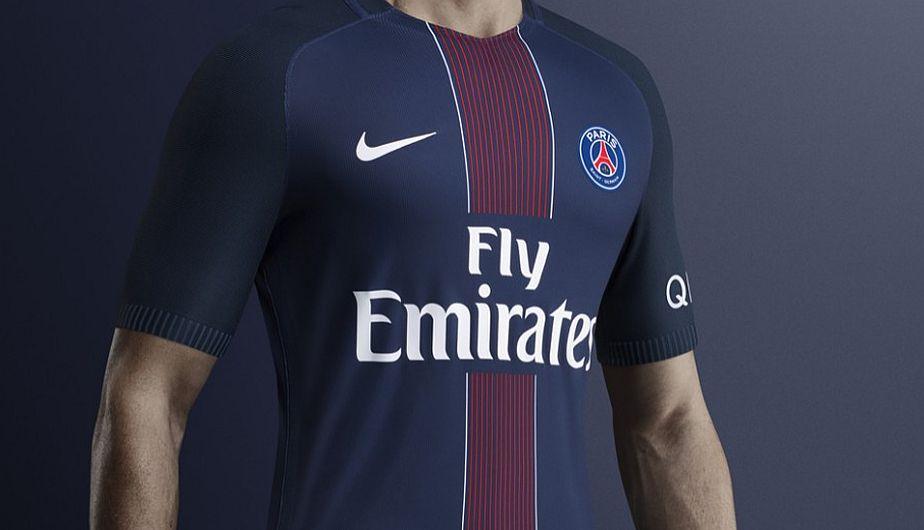 PSG presentó su nueva camiseta para la temporada 2016 17  be6c15006f4ba
