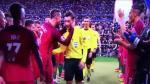 Cristiano Ronaldo celebró la Eurocopa hasta con el árbitro [VIDEO] - Noticias de mark clattenburg