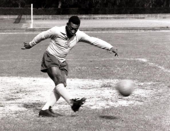 El mejor gol de Pelé que fue recreado a través de una
