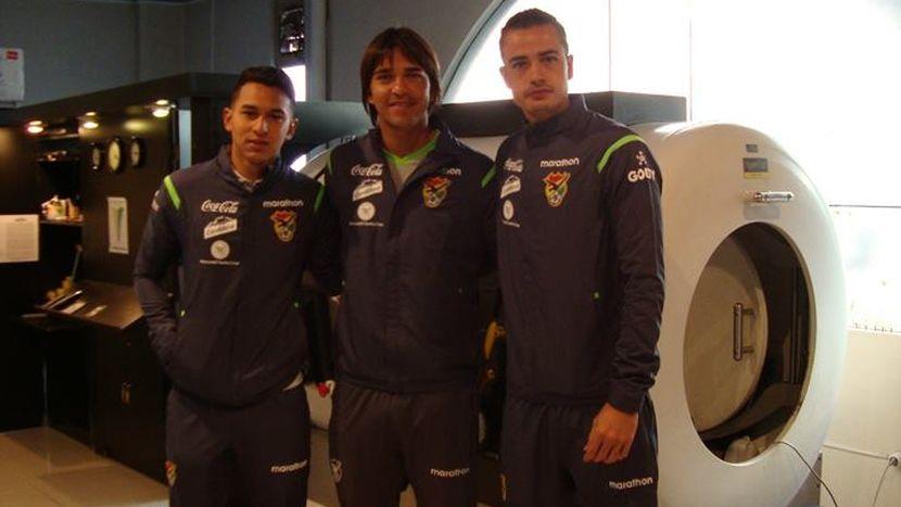 Selección de Bolivia utiliza cámara hiperbárica. Carthago Servicios Técnicos.