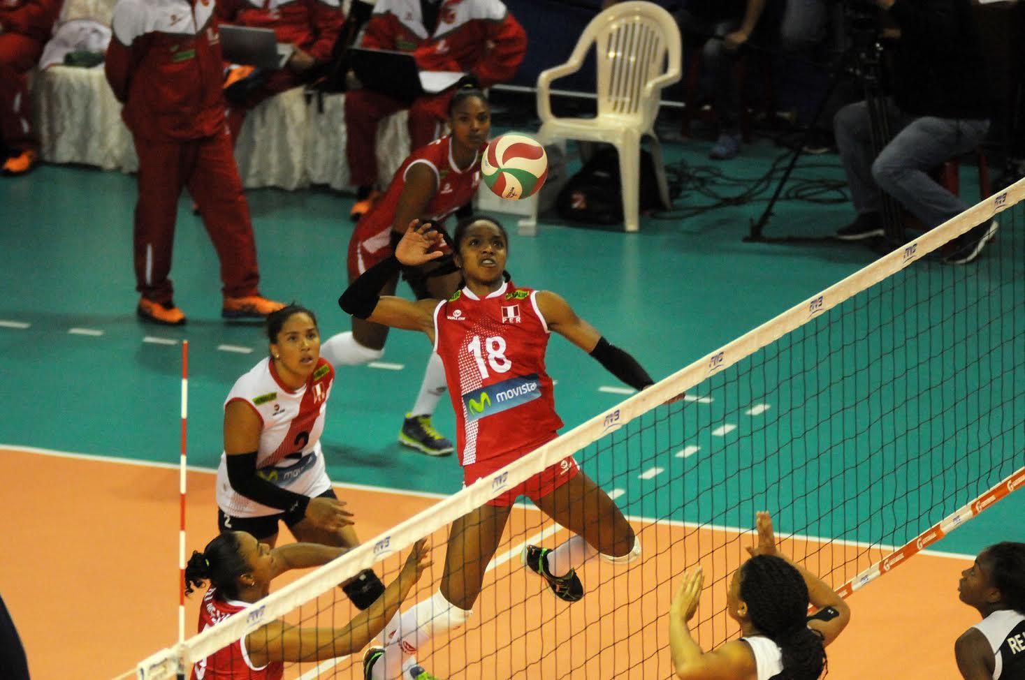 Perú remontó y venció a Cuba en Copa Panamericana