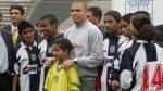 Ronaldo cumple 40 años: el día que posó con la camiseta de Alianza Lima - Noticias de alianza cristiana