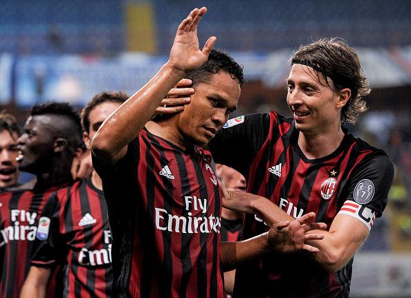 Salcedo debuta en la Serie A con la Fiorentina ante el Milán